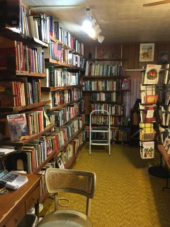 Benson, AZ: one of the rows of books to rummagge through, but if you remove a book do not return to the shel