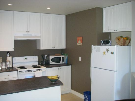 Gibsons, Canada: Fully Equipped Kitchen