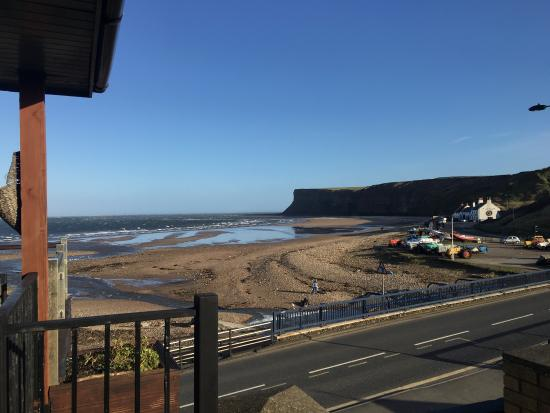 Saltburn-by-the-Sea, UK: Amazing view, even in winter, and even better view of the pier from the other side
