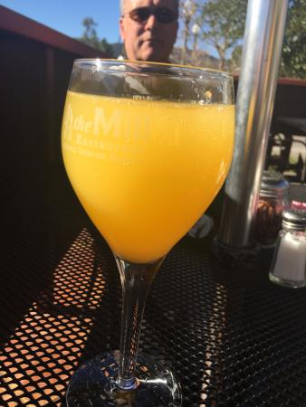 Murrieta, CA: Mimosa very reasonably priced