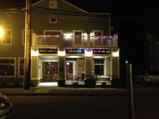 Fairport, NY: Mulconry's - from outside at night