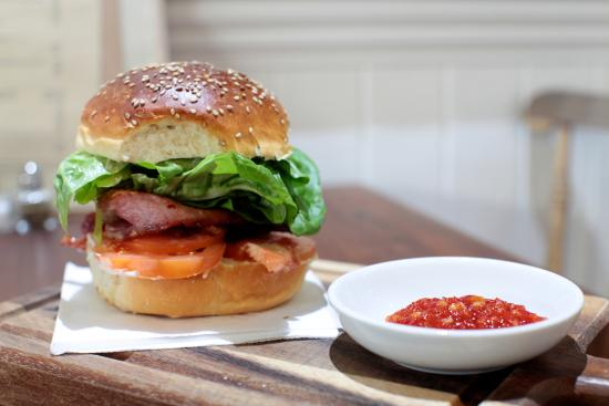 Newport -Trefdraeth, UK: Bacon leaves & tomato as you've never had them before