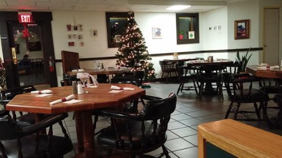 Maryville, TN: Interior shortly after Christmas