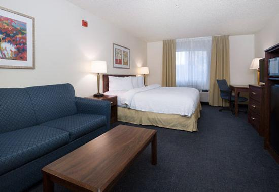 Roseville, CA: Executive King Suite