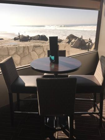 Cardiff-by-the-Sea, CA: Bar area view