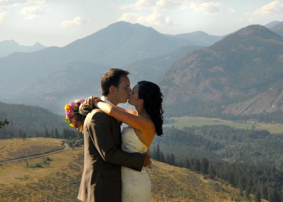 Winthrop, WA: Sun Mountain Lodge wedding