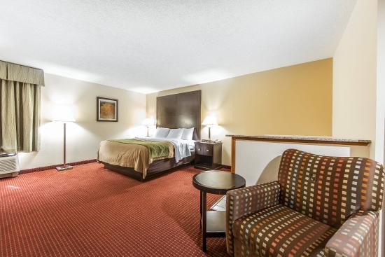 Portsmouth, OH: Guest room
