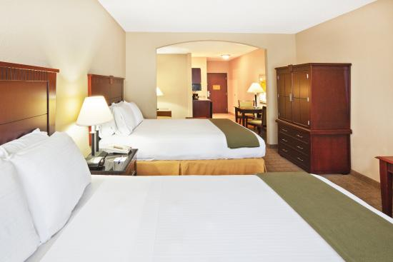 McAlester, OK: Double Bed Guest Room