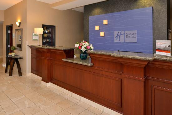 Albany, OR: Front Desk