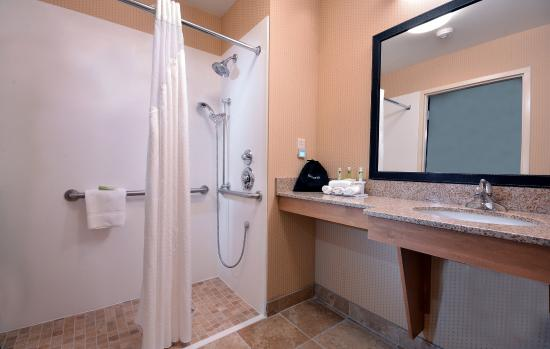 Archdale, NC: Roll In Accessible Shower