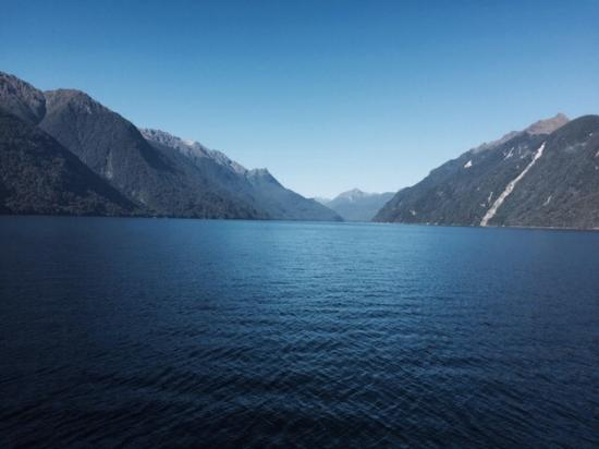 Manapouri, New Zealand: late day doubtful sound