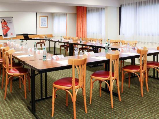 Herouville-Saint-Clair, France: Meeting Room