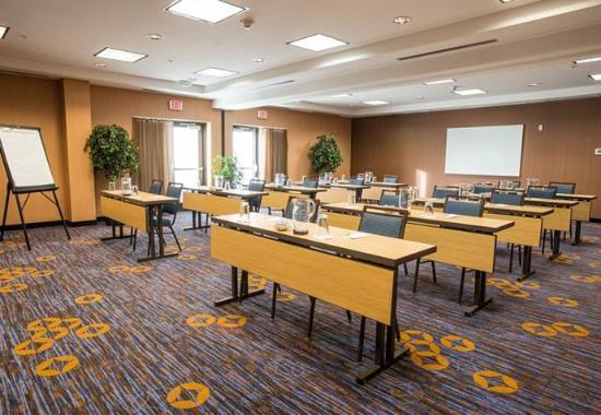 West Chester, OH: Meeting Room – Classroom Setup