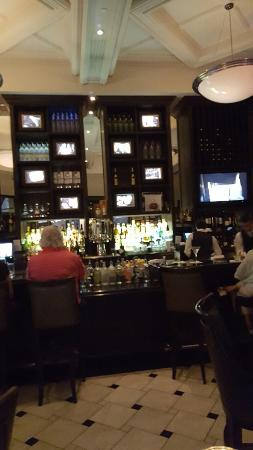 The Grill on the Alley - Westlake Village