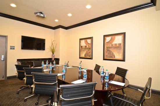 Denton, TX: Board Room