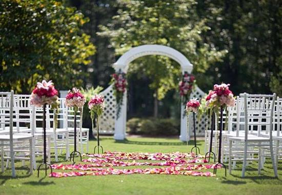 Outdoor Wedding Picture Of The Lodge And Spa At Callaway Gardens Autograph Collection Pine