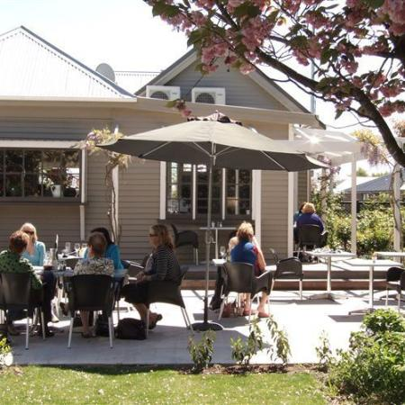 Canterbury Region, New Zealand: Our outdoor setting and court