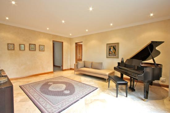 Midrand, South Africa: Upper Level