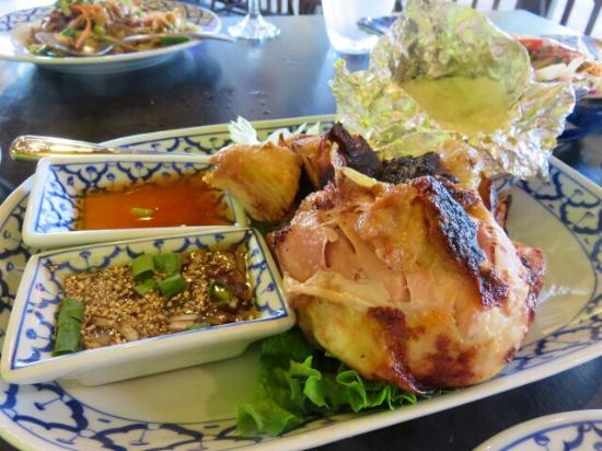 Chicken volcano picture of bangkok happy bowl thai for Asian cuisine kauai