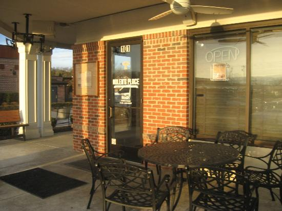 Outdoor seating in front picture of nolen 39 s place for Dining in nolensville tn