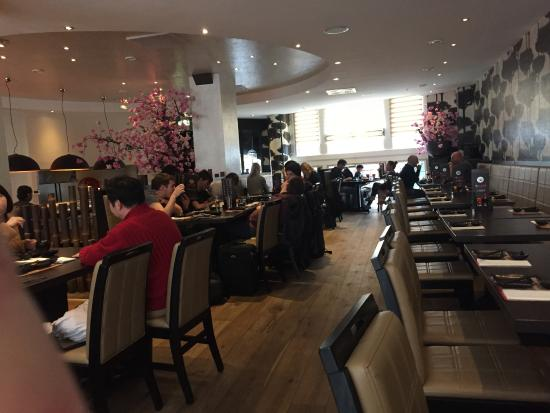 Salle manger picture of sumo sushi grill restaurant for Restaurant salle a manger