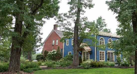 ElmRock Inn Bed and Breakfast
