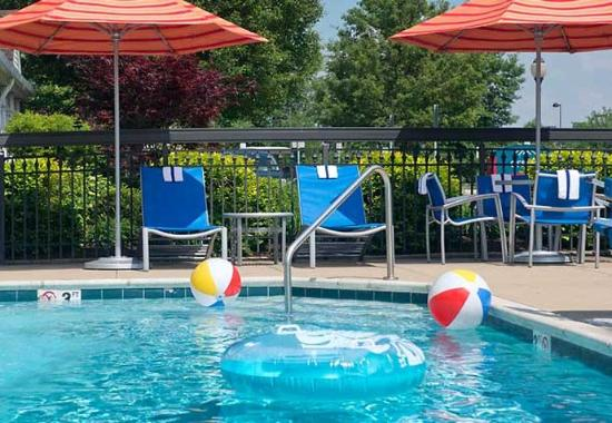 Cleveland Ohio Hotels With Outdoor Pools