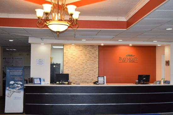 Baymont Inn and Suites Midland Airport