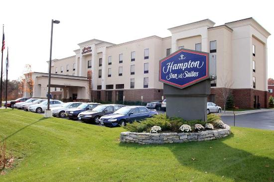 Hampton Inn & Suites Albany Airport