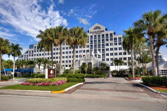 hotels deerfield beach