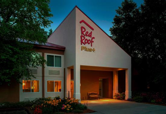Red Roof Inn South Deerfield