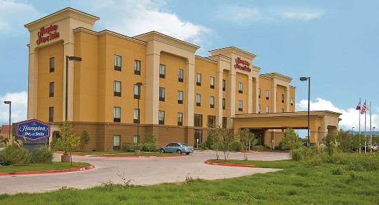 Hampton Inn & Suites Buda