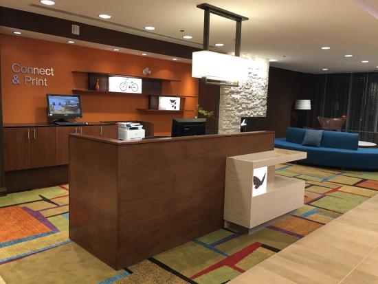 Fairfield Inn & Suites Barrie Hotel