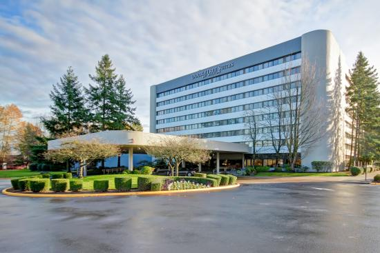 DoubleTree Suites by Hilton Hotel Seattle Airport - Southcenter