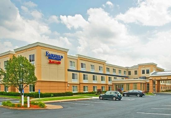 Fairfield Inn & Suites by Marriott at Hartford Airport