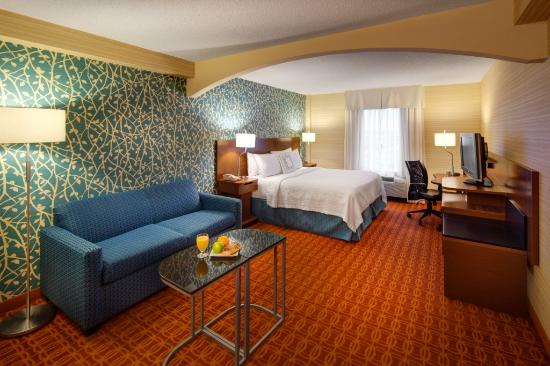 Fairfield Inn & Suites Toronto Airport