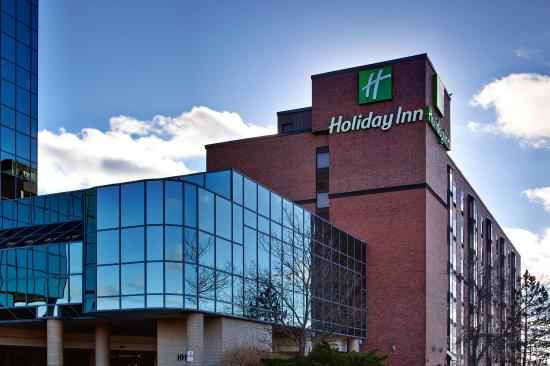 Holiday Inn Halifax Harbourview