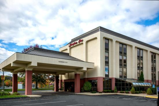 Hampton Inn West Springfield