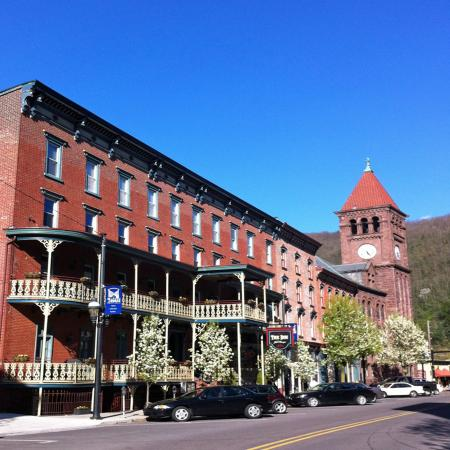 Inn at Jim Thorpe Photo