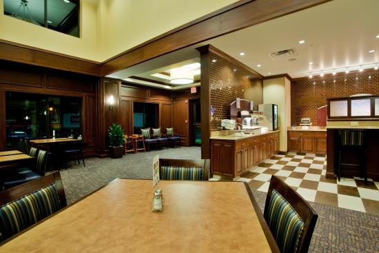 Holiday Inn Express Hotel & Suites Wilmington-Newark