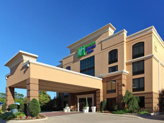Holiday Inn Express & Suites Tyler South