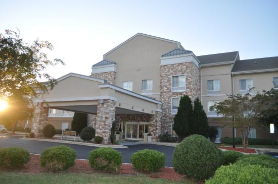 Holiday Inn Express Williamston