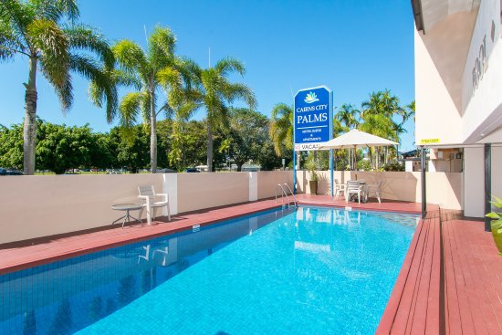 Cairns City Palms Hotel