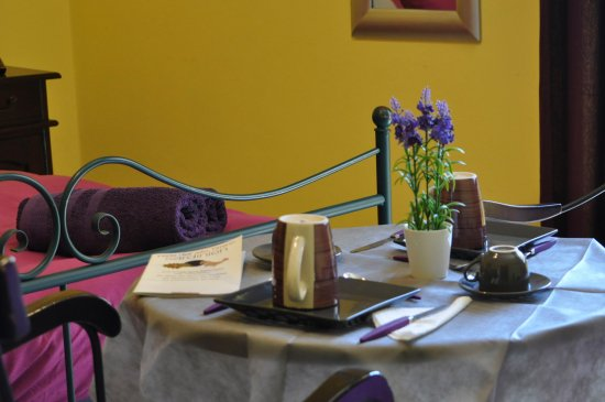 Cerdena Rooms Guest House - Bed and Breakfast