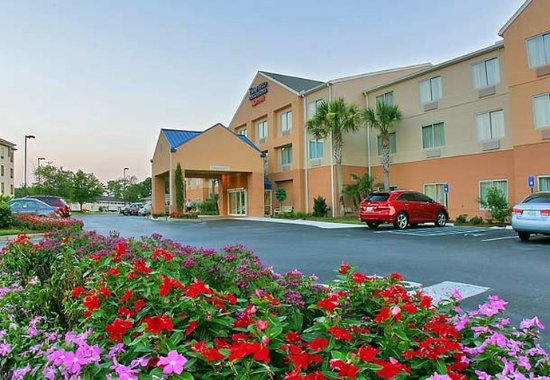 Fairfield Inn & Suites Brunswick