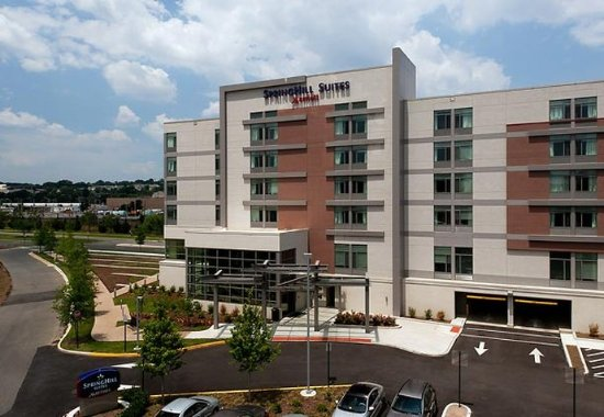 SpringHill Suites Alexandria Old Town Southwest