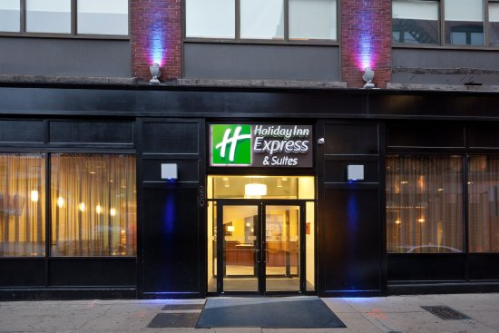 Holiday Inn Express & Suites Boston Garden Hotel