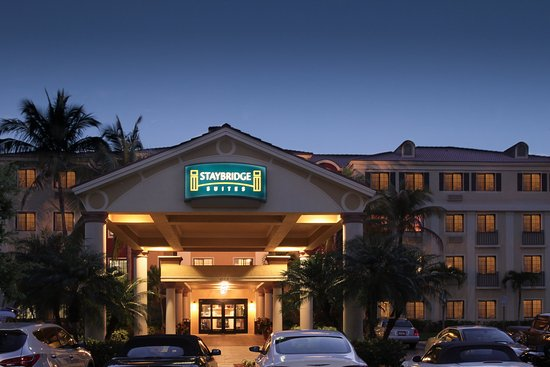 Staybridge Suites Naples-Gulf Coast Photo Courtesy of Staybridge Suites Naples-Gulf Coast
