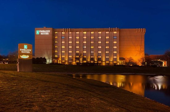 Embassy Suites by Hilton Chicago - Schaumburg/Woodfield