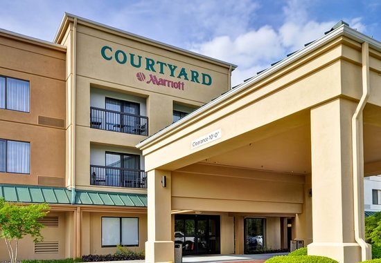 Courtyard By Marriott Dalton